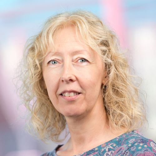 Tracey-Lynn SCHNEIDER